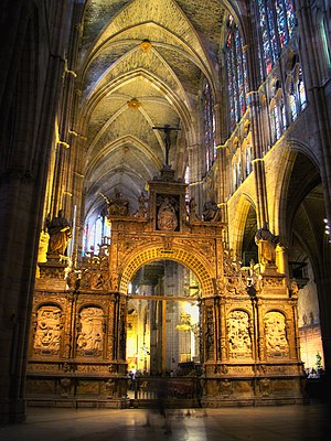 León Cathedral - Interior view