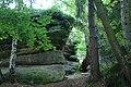 Lhotka, skalní formace u rybníka III.jpg
