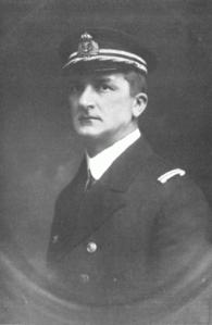 Linienschiffskapitän Nikolaus Horthy von Nagy-Banya 1915 C. Pietzner.png