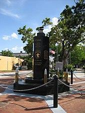 Il memoriale dell'operazione situato nel quartiere di Little Havana a Miami in Florida.
