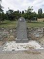 Locquénolé (29) Stèle du déporté Jean Quéguiner.jpg