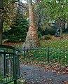 London-Woolwich, St Mary's Gardens 09.jpg