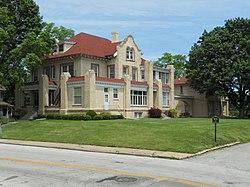 Clara Apartments St Louis