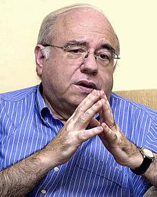 Luis Fernando Verissimo – Wikipédia, a enciclopédia livre e55df70c7b