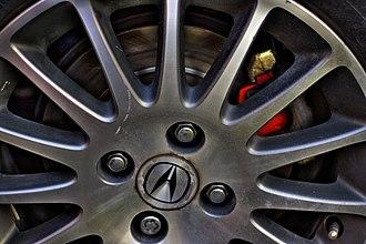 Lug nut - Lug-nuts on an Acura.