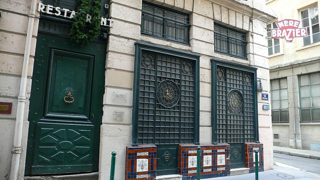 Restaurant Lyon  La M Ef Bf Bdre
