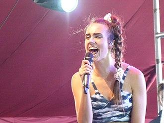 MØ - MØ performing at Coachella in 2015