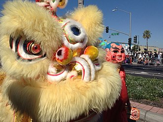 Lion dance - Vietnamese Unicorn and Ông Địa at the 2014 Tết Parade in Little Saigon, CA