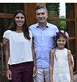Macri con las hijas del Fiscal Nisman 01.jpg