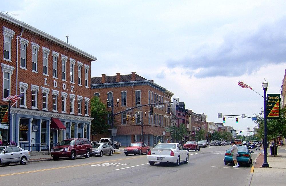 The population density of Circleville in Ohio is 770.13 people per square kilometer (1994.82 / sq mi)