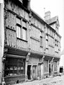Maison - Façade sur rue - Gallardon - Médiathèque de l'architecture et du patrimoine - APMH00018277.jpg