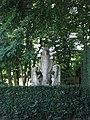 Maren, groupe de statues 'la résurrection'.JPG