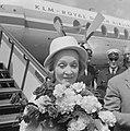 Marlene Dietrich op Schiphol voor optreden in Kuhrhaus, Bestanddeelnr 914-0357.jpg