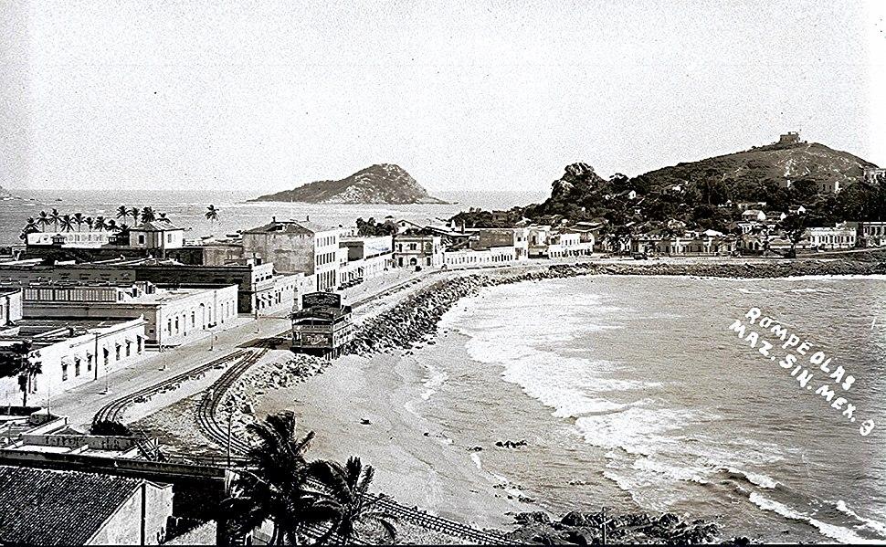Mazatlan Viejo 198 (13089107975)