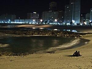 Meditación en Riazor, A Coruña, Galiza