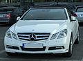 Mercedes E 350 CDI BlueEFFICIENCY Cabriolet (A207) front-2 20100821.jpg