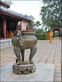 Monastère (Pagode Thien Mu) (4379315139).jpg