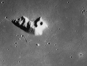 Mons La Hire - Mons La Hire from Apollo 15. NASA photo.