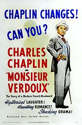 Affiche de film montrant Chaplin l'air arrogant dans un élégant costume blanc