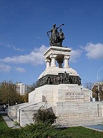 Monumentul Eroilor Sanitari din Bucuresti.jpg