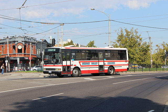 File Moonee Valley Coaches Bus On Mount Alexander Road On