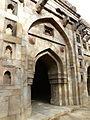Muhammad Wali Masjid central arch (3547416719).jpg