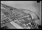 NIMH - 2011 - 0574 - Aerial photograph of Volendam, The Netherlands - 1920 - 1940.jpg