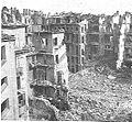 Napoli, abitato bombardato (1940-1943).jpg