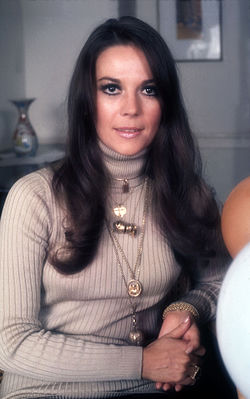 Natalie Wood 2 Allan Warren.jpg