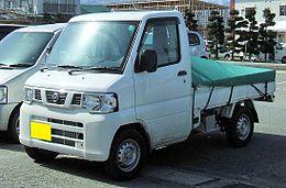 Nissan NT100 Clipper Truck 0601.JPG