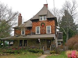 North Wayne Historic District - Image: North Wayne PA HD 221 Walnut