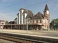 Noyon (60), gare SNCF, bâtiment voyageurs, côté quai 1.jpg