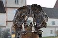 Obermenzing - Schloss Blutenburg - Agnes Bernauer Denkmal mit Tele 003.jpg