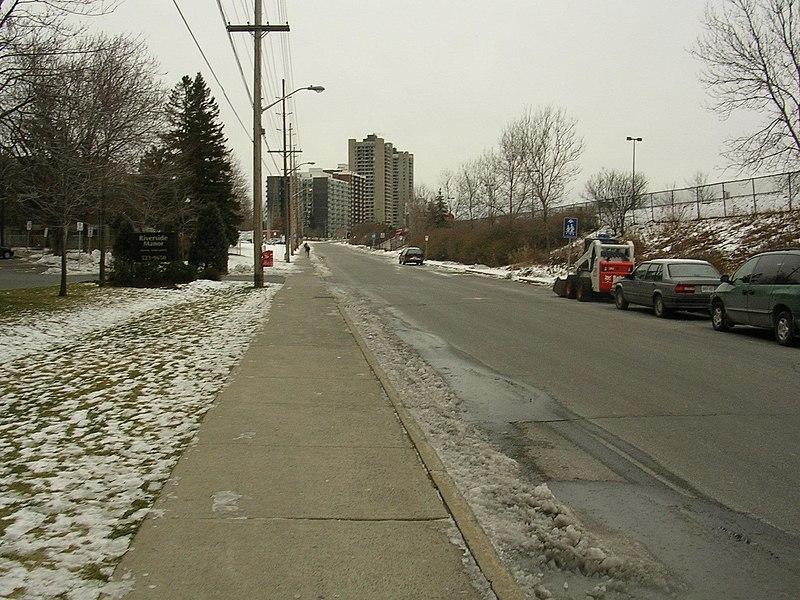 800px-Old_Riverside_Drive_Ottawa.jpg