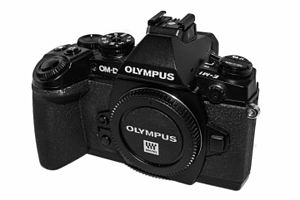 Mirrorless interchangeable-lens camera - Olympus OM-D E-M1 Mark I.