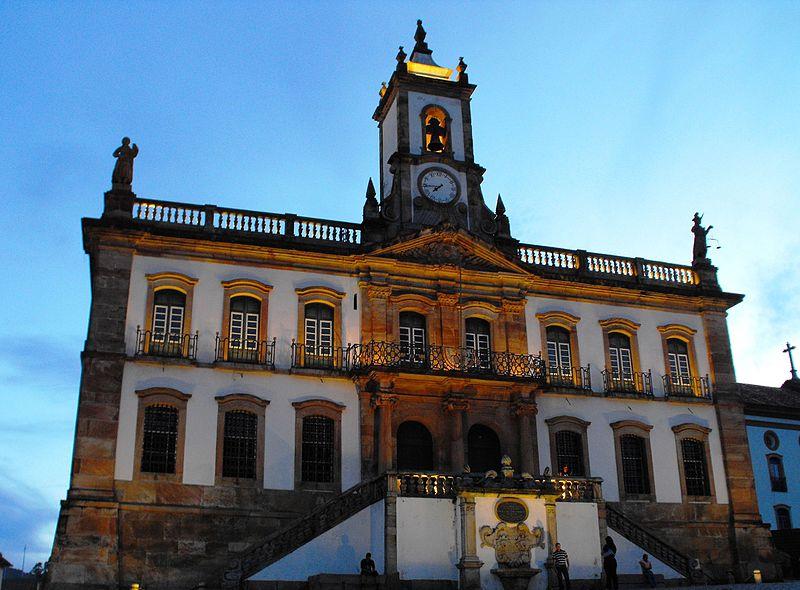 Ouro Preto (7769028644).jpg