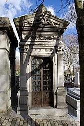 Tomb of Bloch