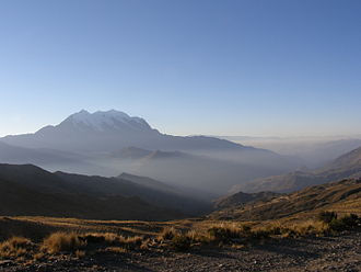 Aroma Province - Illimani, as seen from Collana