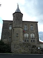 PA00107125.Château de Darney.1.jpg