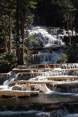 Pacharoen waterfall03.JPG