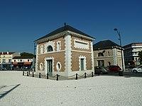 Parc à l'anglaise du duc d'Orléans - Les Pavillons-sous-Bois - Seine-Saint-Denis - France - Mérimée PA00079945 (2).jpg