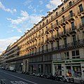 Paris, rue de Chateaudun - panoramio.jpg