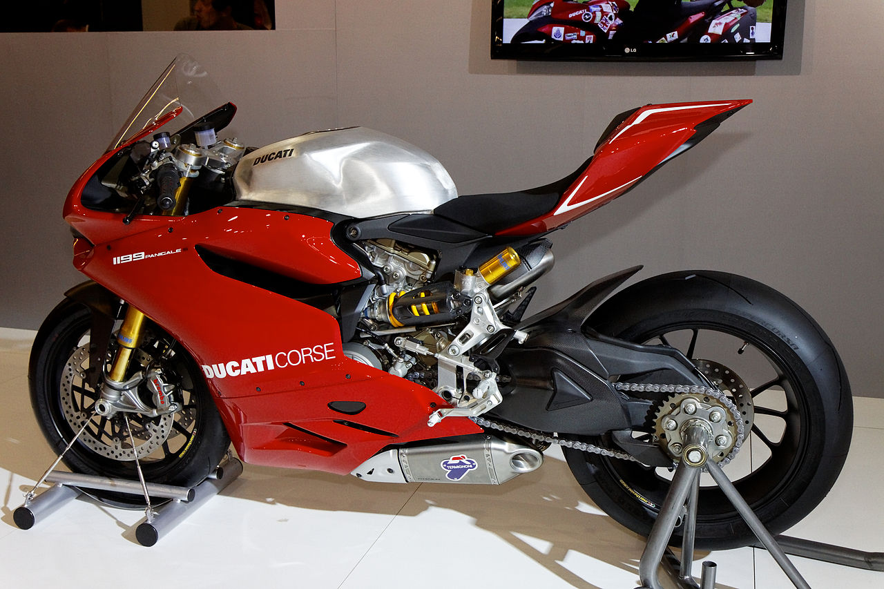 Ducati Panigale Full Exhausts Are Ridiculous