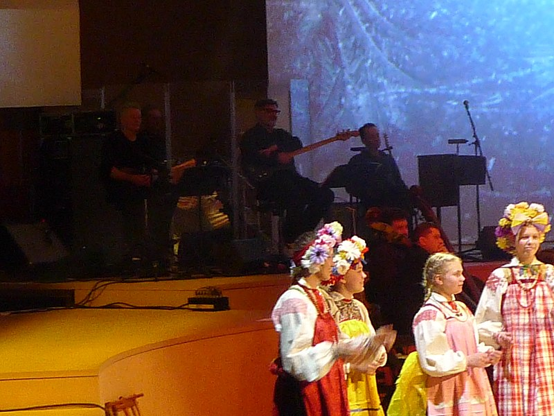 Pavel Karmanov 's Vertep in Zaryadye Concert Hall (2019-01-11) 03.jpg
