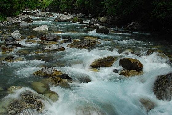 Peřeje Río Estós.jpg