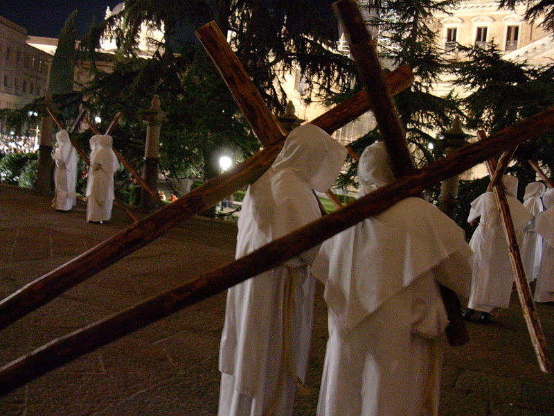 Archivo:Penitentes salamanca.jpg