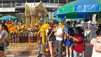 Freedom of religion - People praying to Lord Brahma, a Hindu deity, at the Erawan shrine, Bangkok