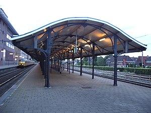 Hilversum railway station - Image: Perronkap station Hilversum