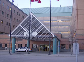 Peter Lougheed Centre - The main entrance of the Peter Lougheed Centre