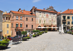 Mondovì - Image: Piazza 04